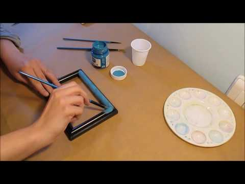 How to Repaint Photo Frames
