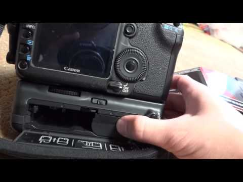 Opteka battery grip for the canon 5d mark II