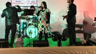 Dil diya hai jan bhi denge (karma)-by Nikita joshi live at bombay