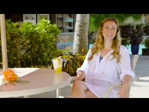 Family Travel Expert Julia Dimon at Discovery Cove For Travel & Leisure Magazine
