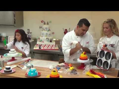How to make a Turkey Cakelette - Holiday Baking with Cake Boss LIVE (Part 3)