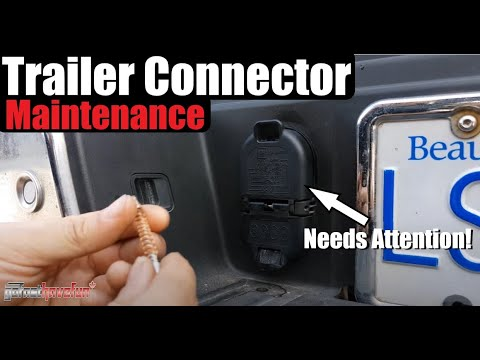 How to Clean and Maintain your Trailer Plug Wiring connector