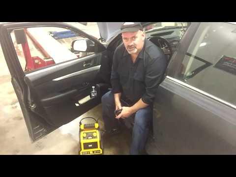 Using An ECM Memory Saver When Changing A Battery