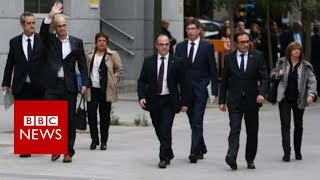 Spain Catalonia: Four separatist politicians to stay in jail - BBC News