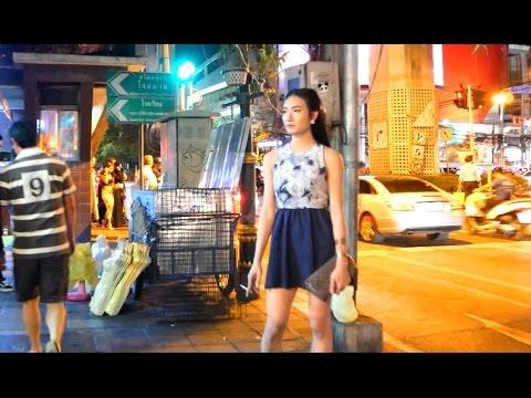 BTS Asoke to Nana - Sukhumvit Night Walk 2017
