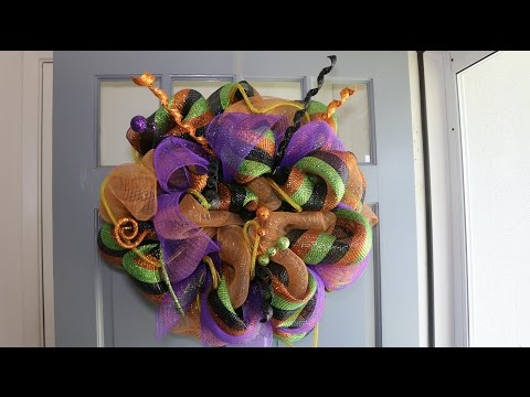 Deco Mesh Halloween Wreath - Easy Step by Step Instructions