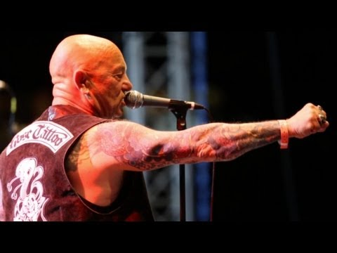 ROSE TATTOO - MAN ABOUT TOWN live at SUMMERNATS 26! ANGRY ANDERSON!