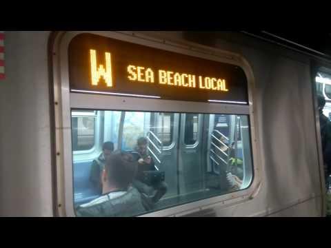 R160 (W) Train at 8th Street - NYU