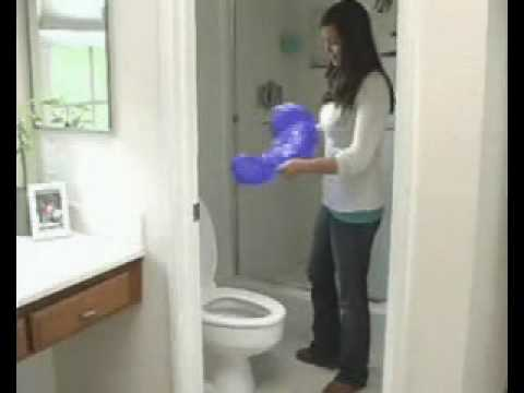 PlungeMAX - The No Mess Sanitary Plunger - Unclogs Toilet - Real Video