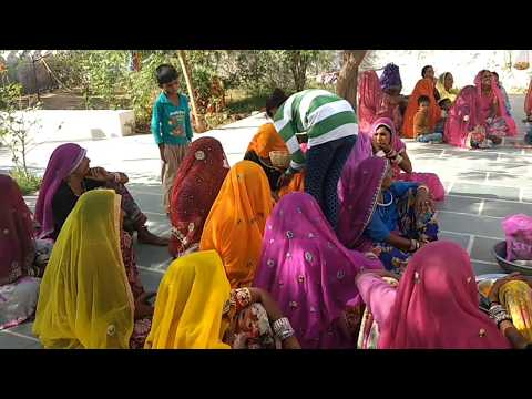 Rajaathani woman wear dress gagra, lugdi, kabja !! indian Rajasthani culture and tradition !!