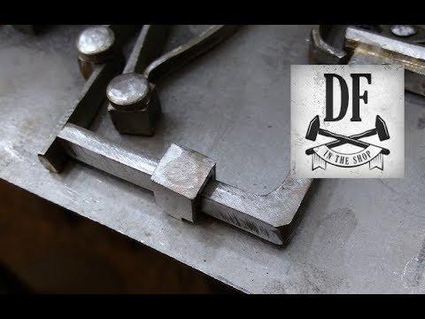 Blacksmithing Project - A Simple Nuremberg Box 15