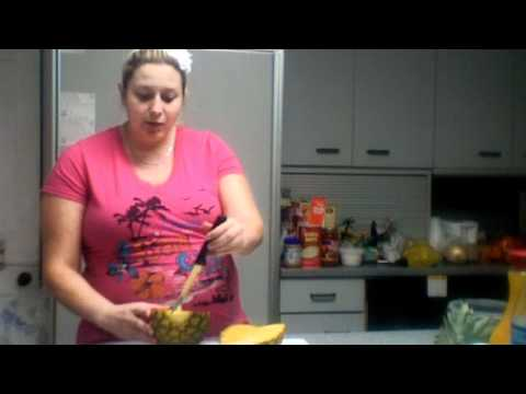How Hallie cuts a pineapple! - Inducing labor!