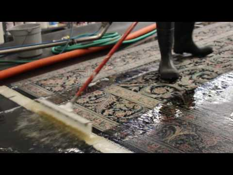 Getting Dirt Out of Wool and Cotton Area Rug