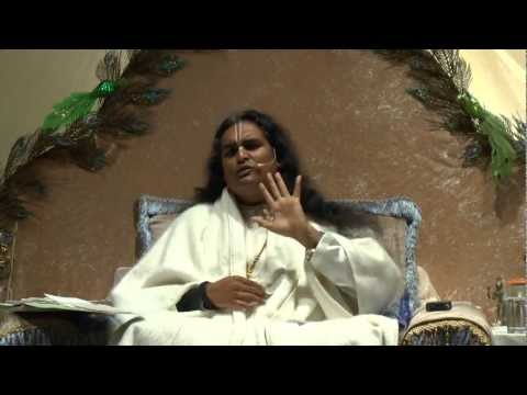 How can we accept everything as a gift from God? - Sri Swami Vishwananda