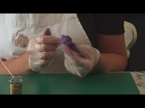 How To Produce A Purple Fondant