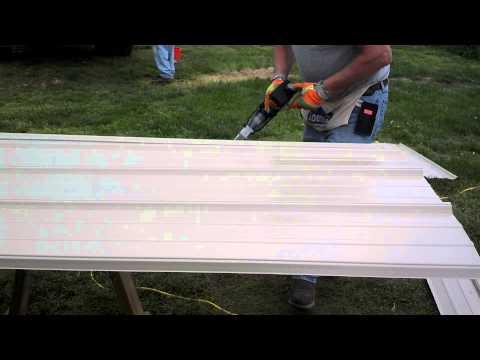 How to cut metal tin siding Tan