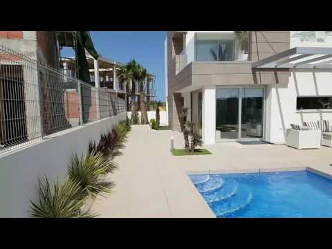 El Raso - Detached Villa - Over from Oasis Beach gated complex