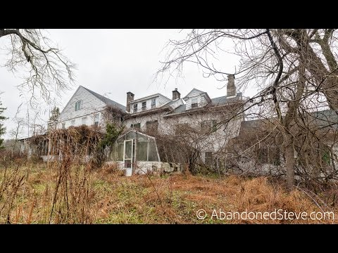Exploring Abandoned Horse Farm House