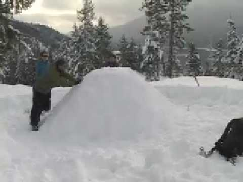 HOW TO BUILD A SNOW SHELTER