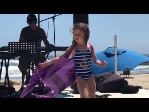Dancing girls in Cerritos