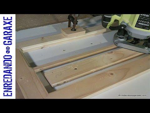 How to make the display cabinet door