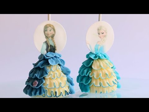 These Frozen-themed cake pops are awesome