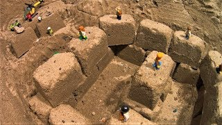 LEGO Dam Breach : LEGO City Explore New Big Sand Castle !