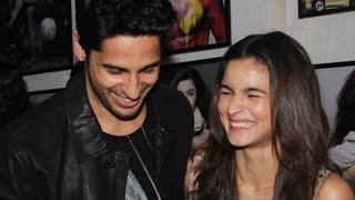 Aww! Alia Bhatt & Sidharth Malhotra