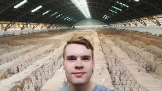 THE TERRACOTTA WARRIORS 🇨🇳 TRAVELLING TO CHINA