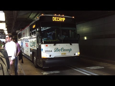 DeCamp 2017 MCI D4500CT 17084 @ Port Authority Bus Terminal (6/29/17)