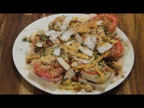 Bread Chaat | Breakfast Recipes | Sanjeev Kapoor Khazana