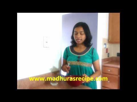 Maharashtrian Pithala Recipe (Spicy Besan Curry)