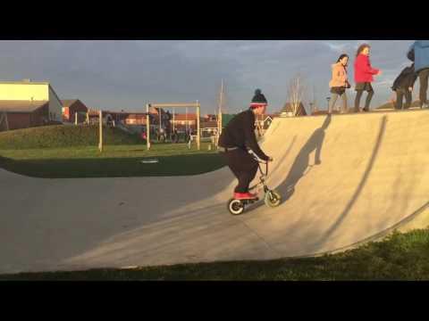 ROCKER MINI BMX SKATEPARK SHREDDING!