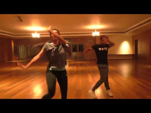 Bom Diggy Diggy | The Party Mashup 2018 | The Mash-up Dance Academy | Choreographer Mahesh Mayekar