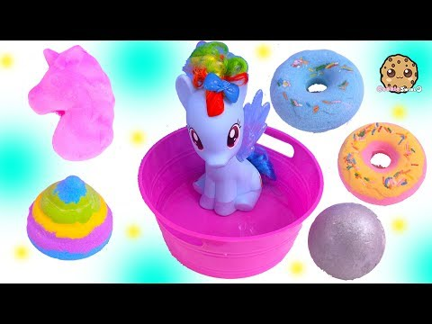 My Little Pony Rainbow Dash Takes Bath with Fizzy Surprise Toys