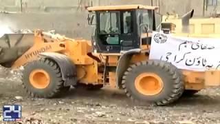Bahria Town starts garbage lifting in Karachi