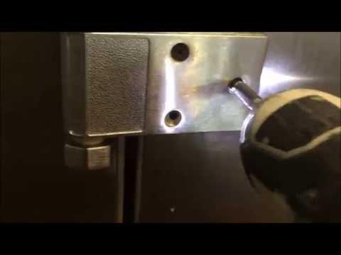 How to replace a Hinge for a walk in cooler door ( Kolpak walk in doors)