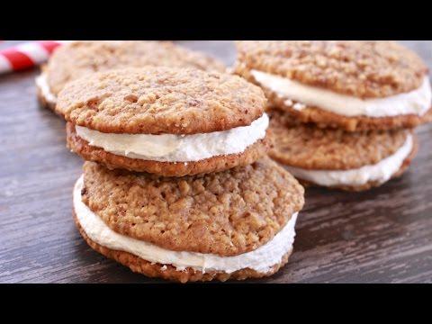 Little Debbie-Inspired Oatmeal Cream Pies