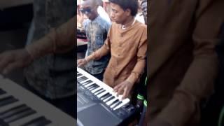 زنق-العازف حسن التوتا. ...المبدع التجاني ;حفله الركابيه