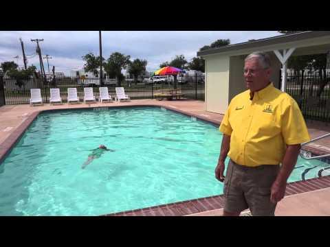 Swimming Pool - Amarillo KOA