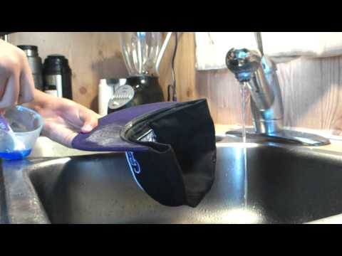 How to clean your snapback