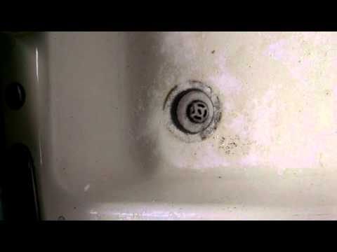 Cleaning A Porcelain Sink Presented by Nicole's Simple Solutions, LLC