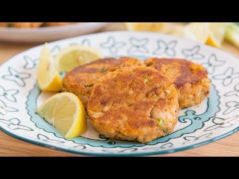 Healthy Chipotle Sweet Potato Salmon Cakes