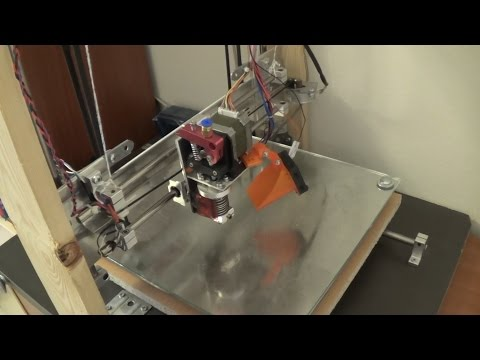 Homemade 3D printer made from recycled parts