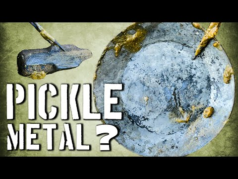 Pickling Metal At Home // Cleaning Metal with Vinegar // Blacksmith Tips and Tricks