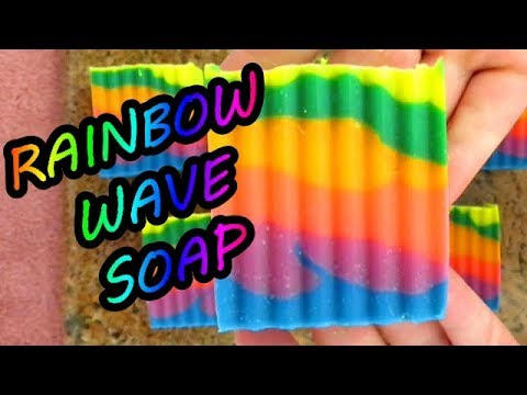 HOW TO MAKE RAINBOW WAVE COLD PROCESSED SOAP