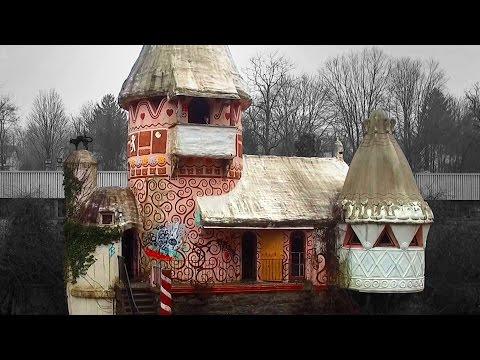 Exploring an Abandoned Gingerbread Castle Amusement Park - NJ