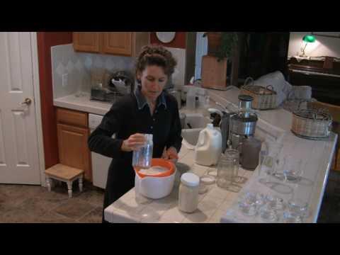 Raw Milk Kefir using Kefir Grains