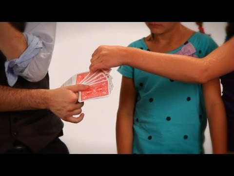 How to Do the 2 Detectives Card Trick | Coin & Card Magic