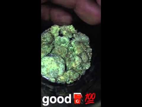 2 1/2 grams of weed